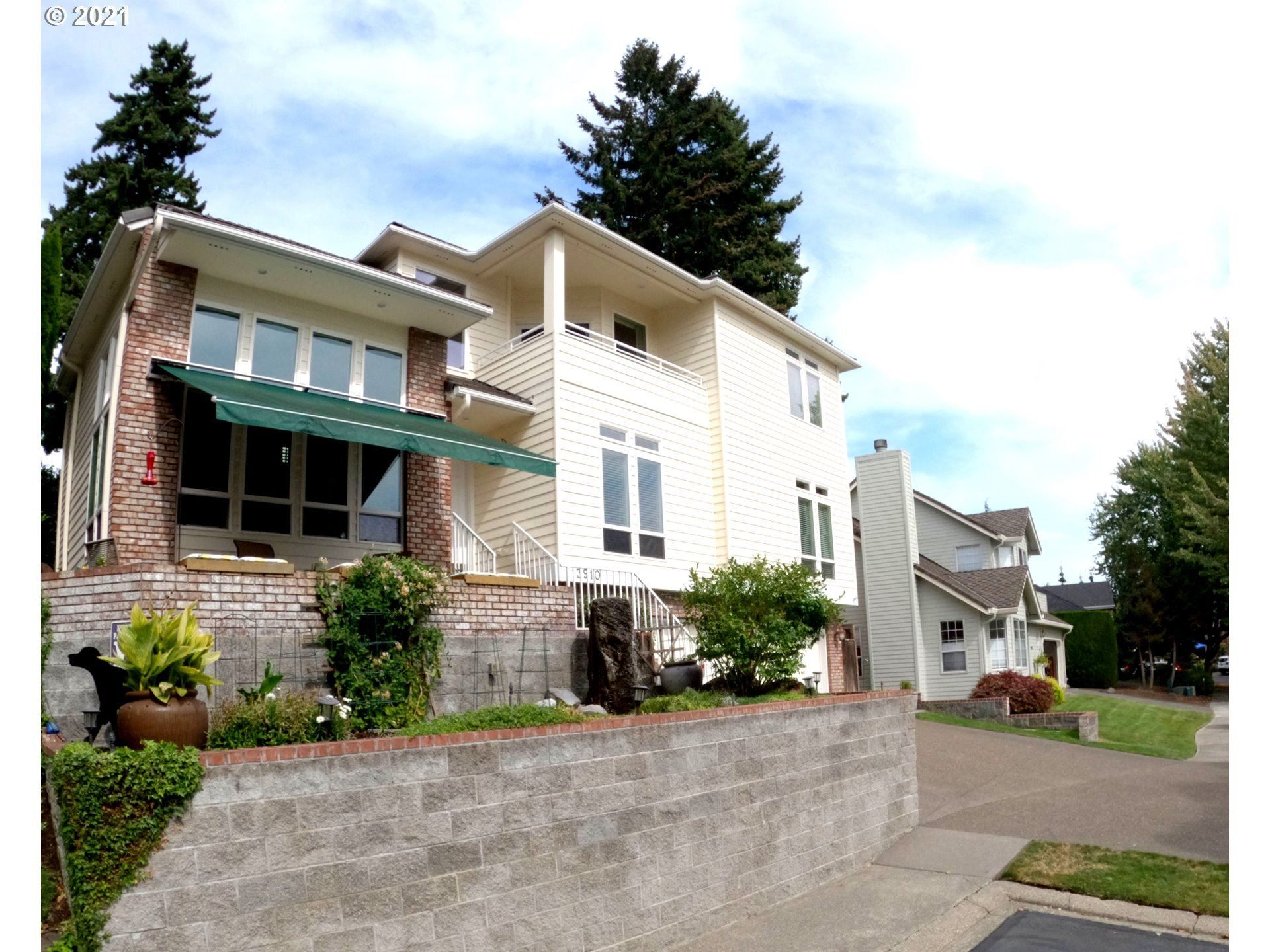 Vancouver                                                                      , WA - $1,399,999