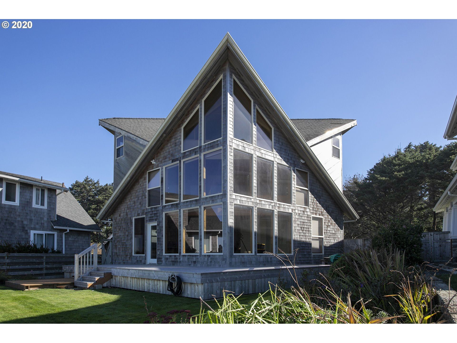 Cannon Beach                                                                      , OR - $2,100,000