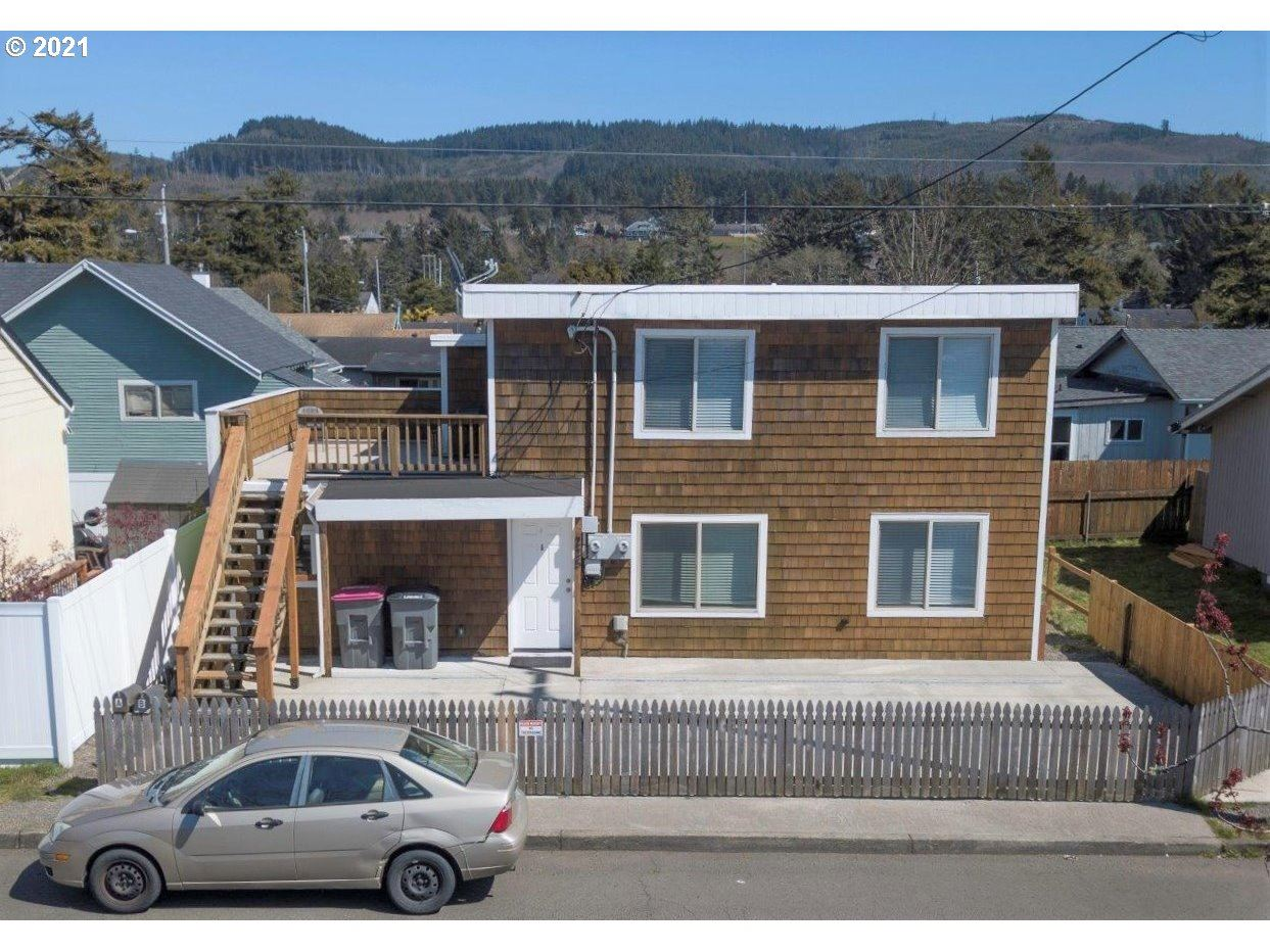 Seaside                                                                      , OR - $349,000