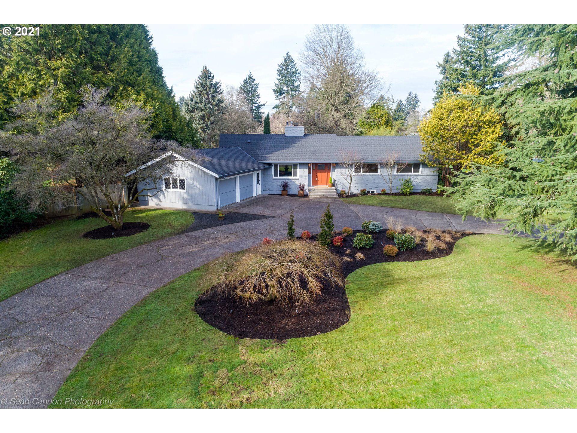 Vancouver                                                                      , WA - $939,000
