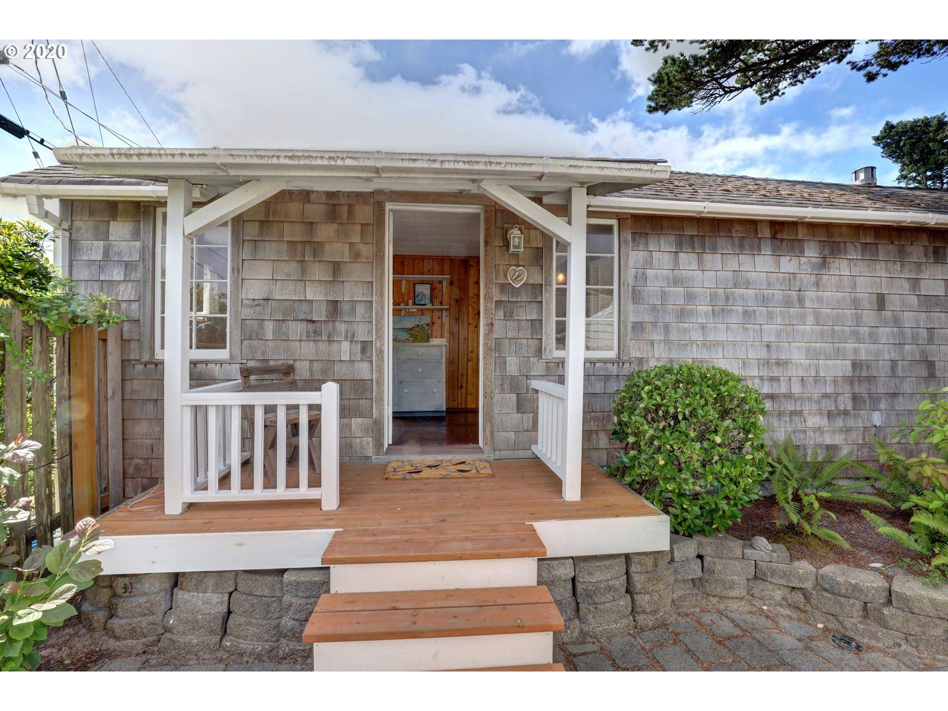 Cannon Beach                                                                      , OR - $439,000