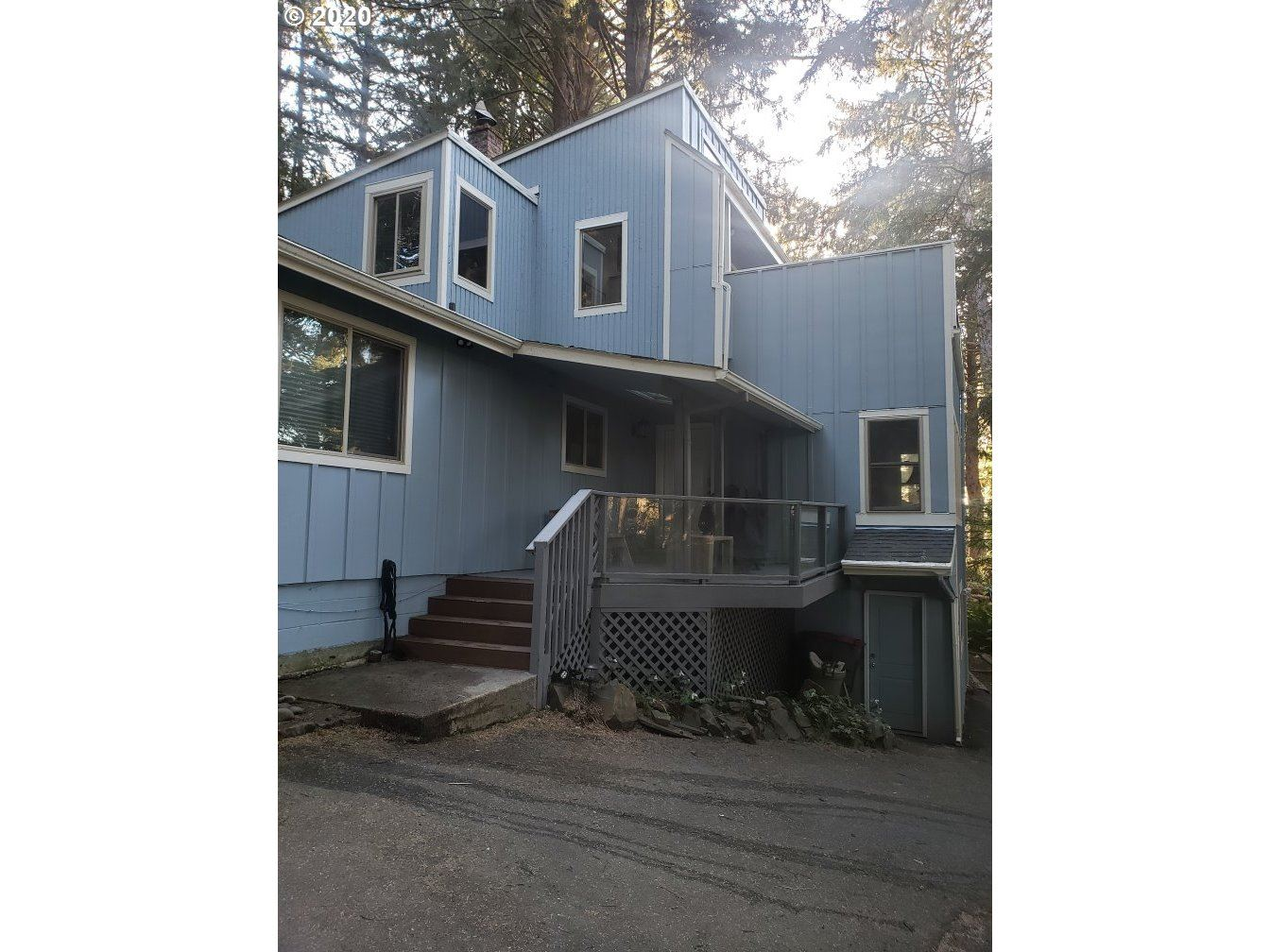 Cannon Beach                                                                      , OR - $569,000