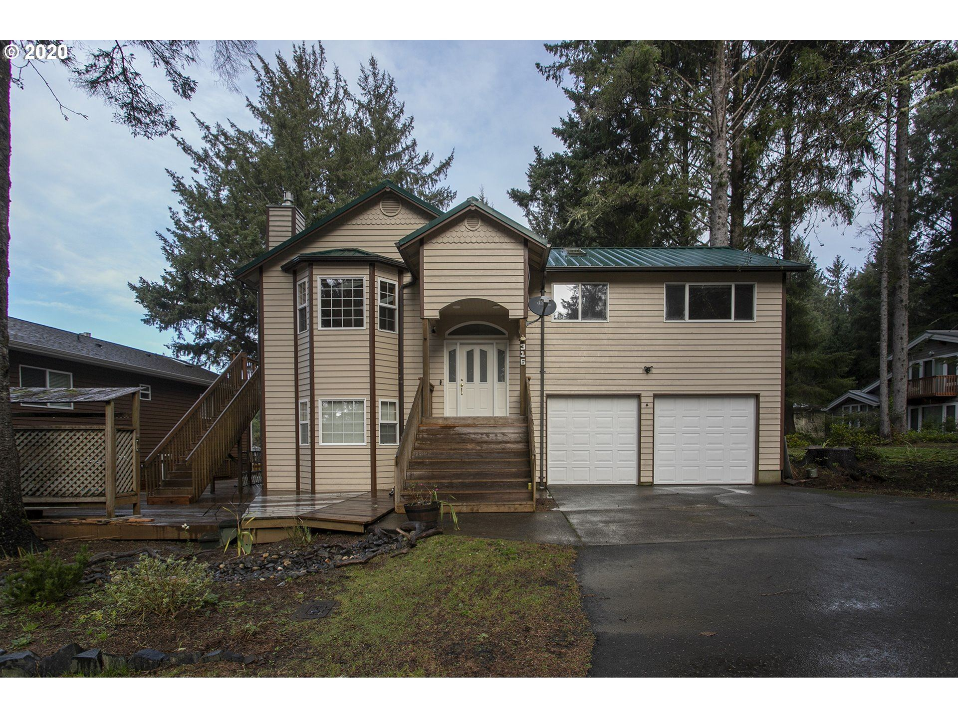 Cannon Beach                                                                      , OR - $625,000
