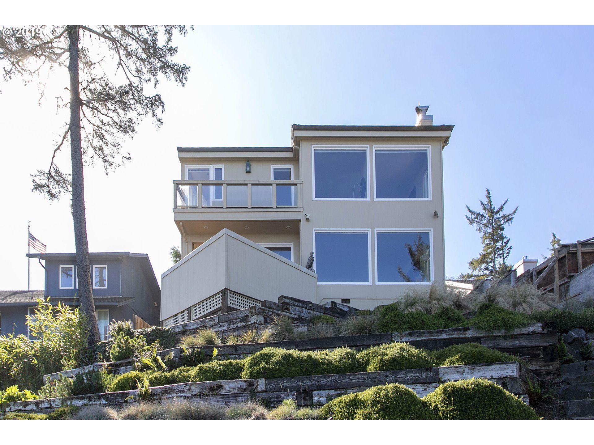 Seaside                                                                      , OR - $1,395,000
