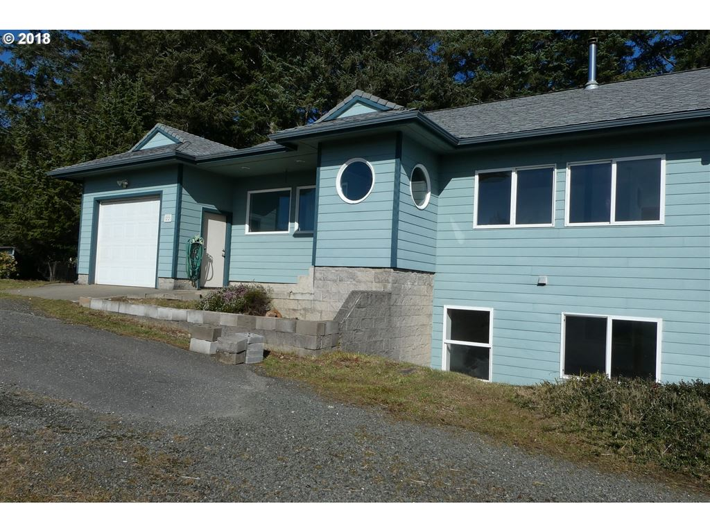 Port Orford                                                                      , OR - $425,000
