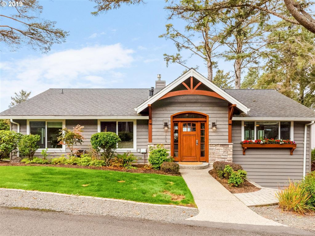 Cannon Beach                                                                      , OR - $899,000