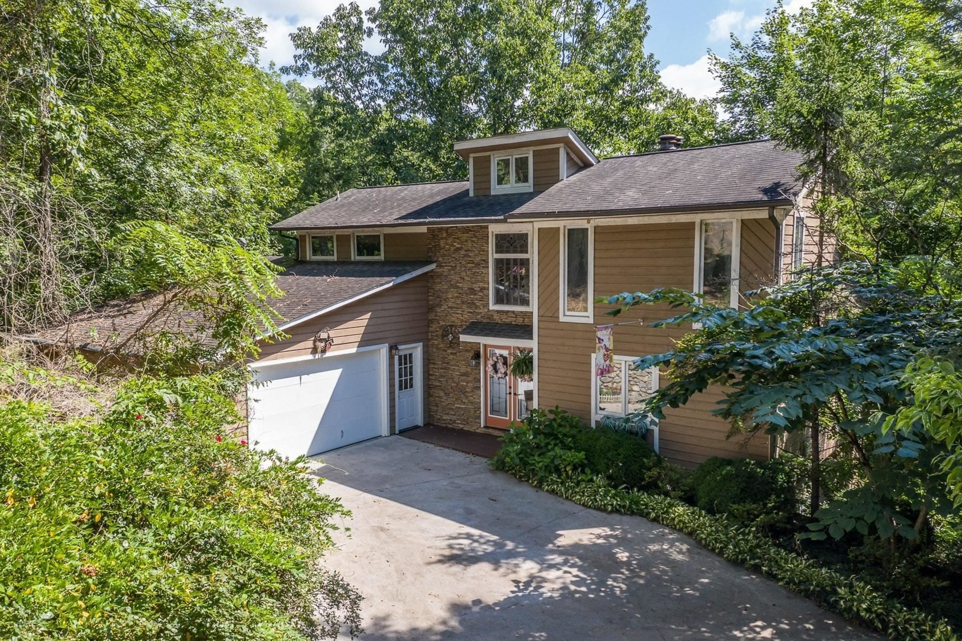 Hardy                                                                      , VA - $475,000