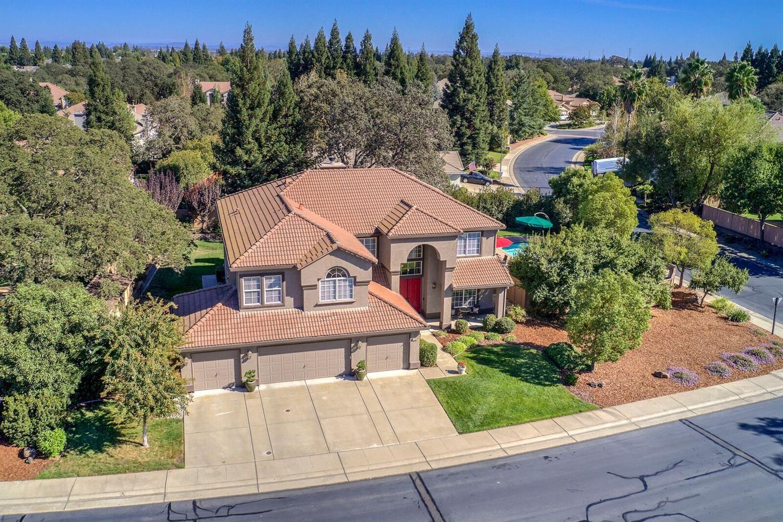 Roseville                                                                      , CA - $949,000