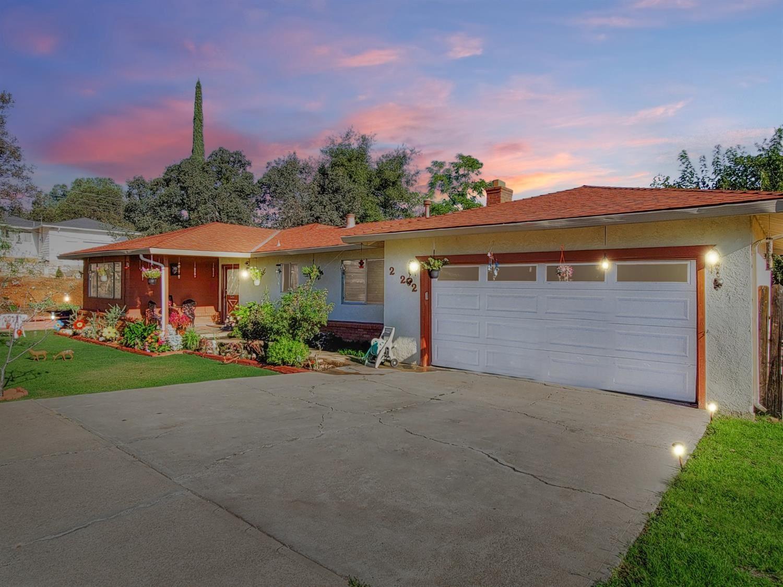 Valley Springs                                                                      , CA - $307,500