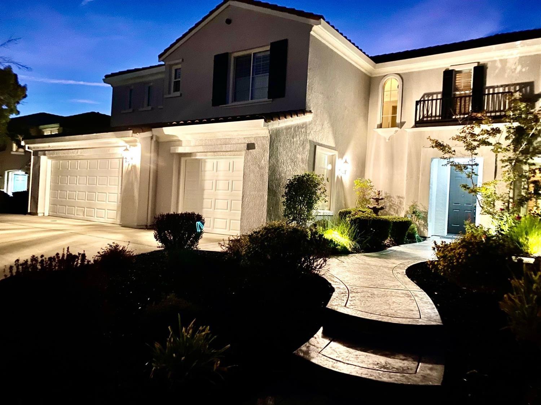 Roseville,CA- $919,000