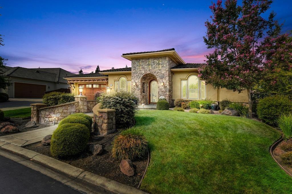 Roseville                                                                      , CA - $1,189,000