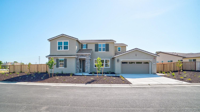 Roseville                                                                      , CA - $732,432