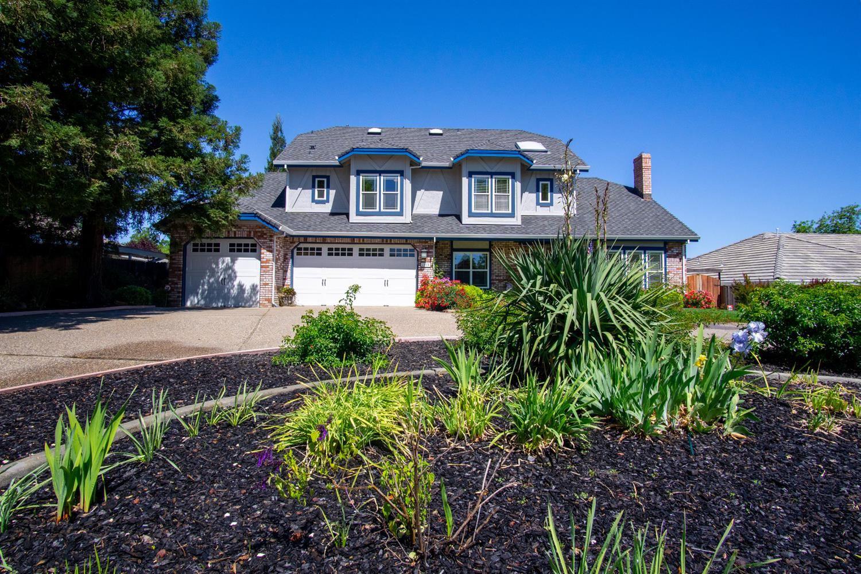 Roseville,CA- $829,000