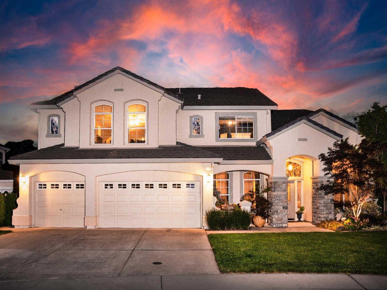 Roseville,CA- $879,950