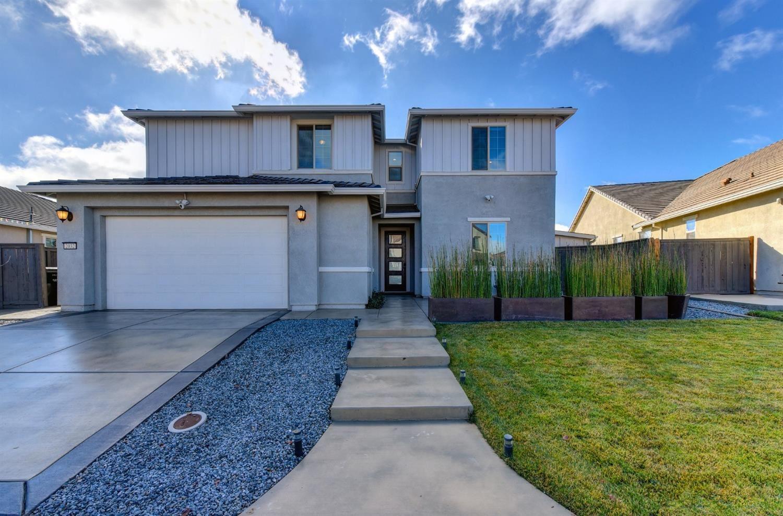 Roseville                                                                      , CA - $789,900