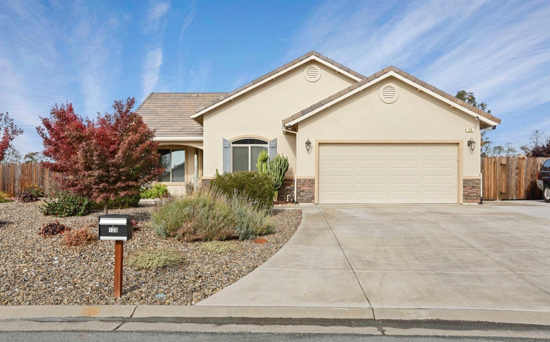 Valley Springs                                                                      , CA - $485,000