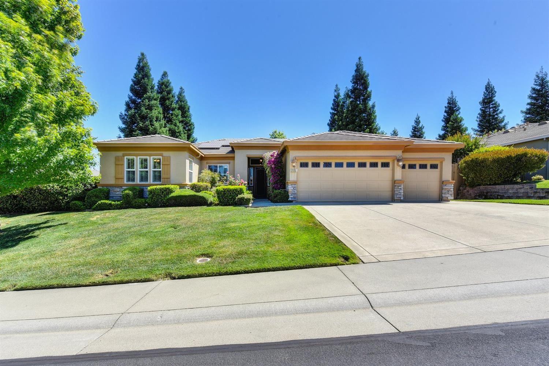 Roseville,CA- $910,000