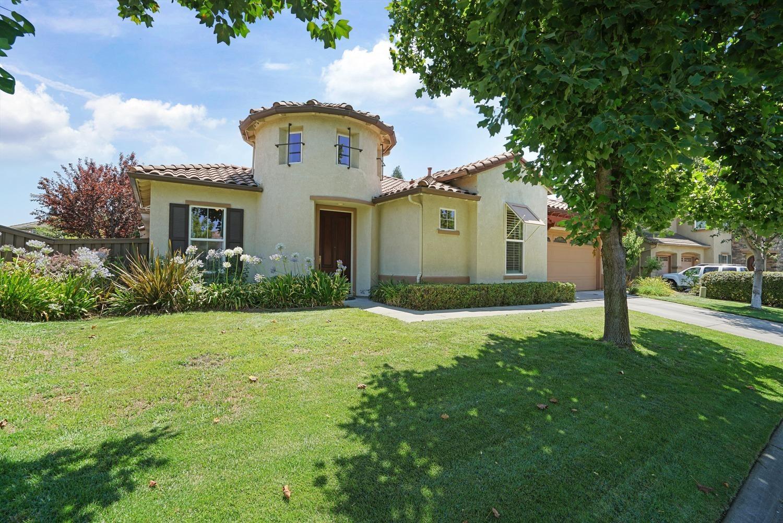 Roseville,CA- $924,900