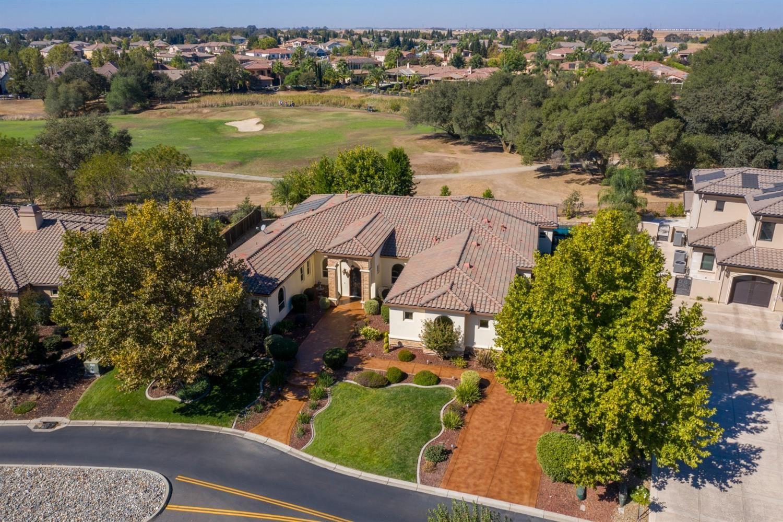 Roseville                                                                      , CA - $999,900