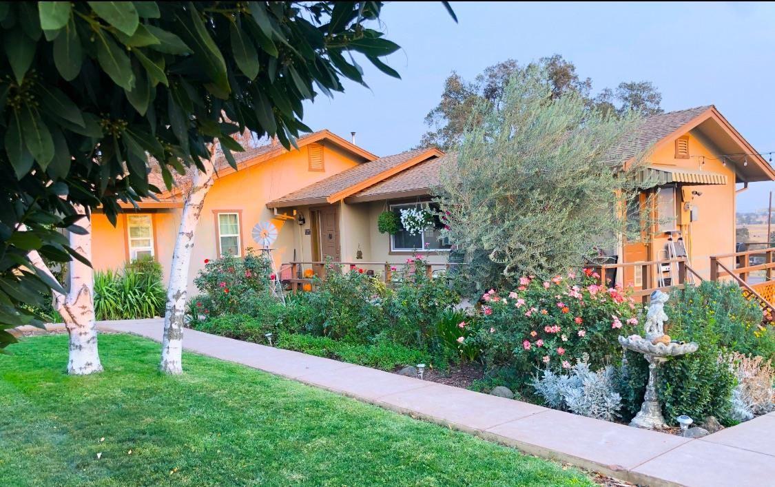 Valley Springs                                                                      , CA - $549,000