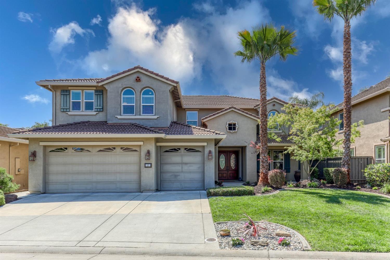 Roseville,CA- $989,000