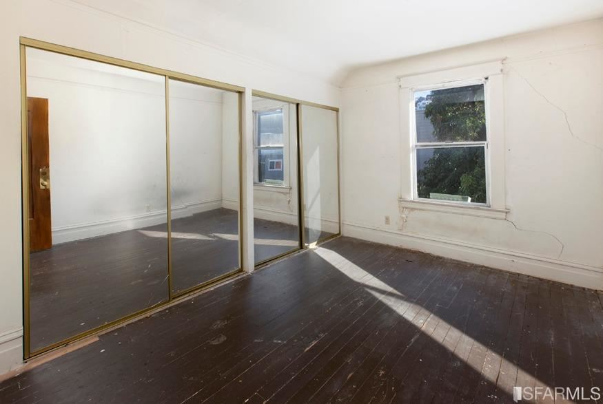 Property Image Of 2975 Cesar Chavez In San Francisco, Ca