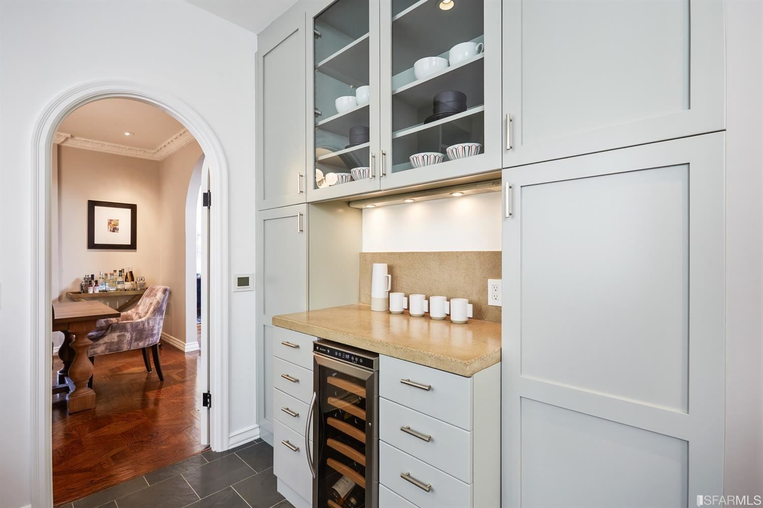 Property Image Of 2450 Francisco Street In San Francisco, Ca