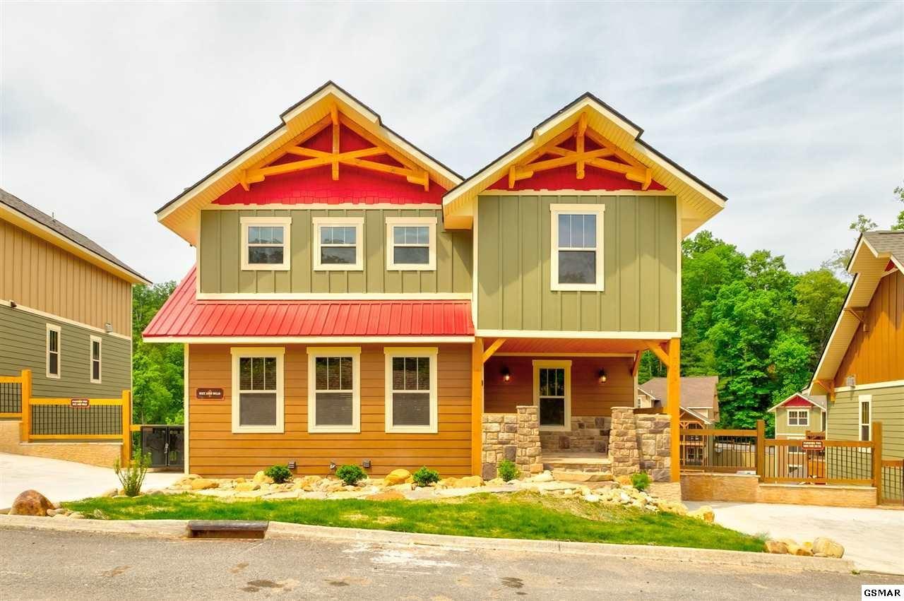 Gatlinburg                                                                      , TN - $924,900
