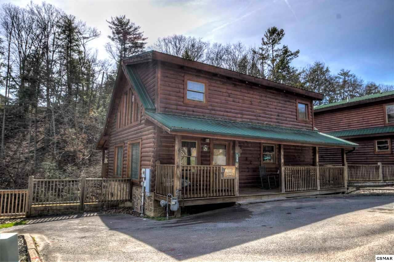 Property Image Of 539 Blackberry Ridge Way &Quot;Wine Down&Quot; In Pigeon Forge, Tn