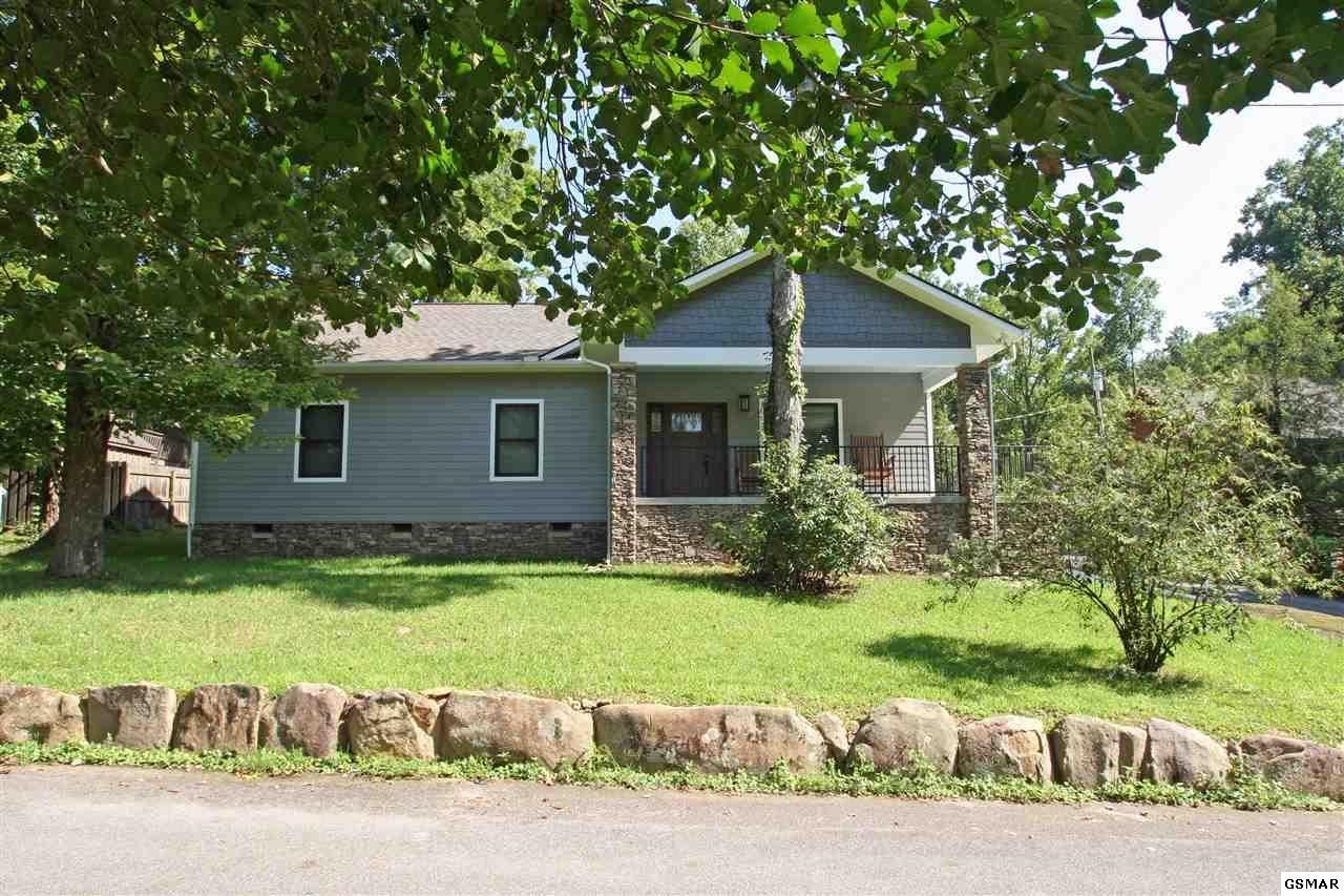 Gatlinburg                                                                      , TN - $644,900