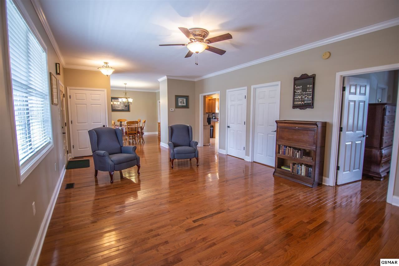 Property Image Of 2044 James Road In Sevierville, Tn