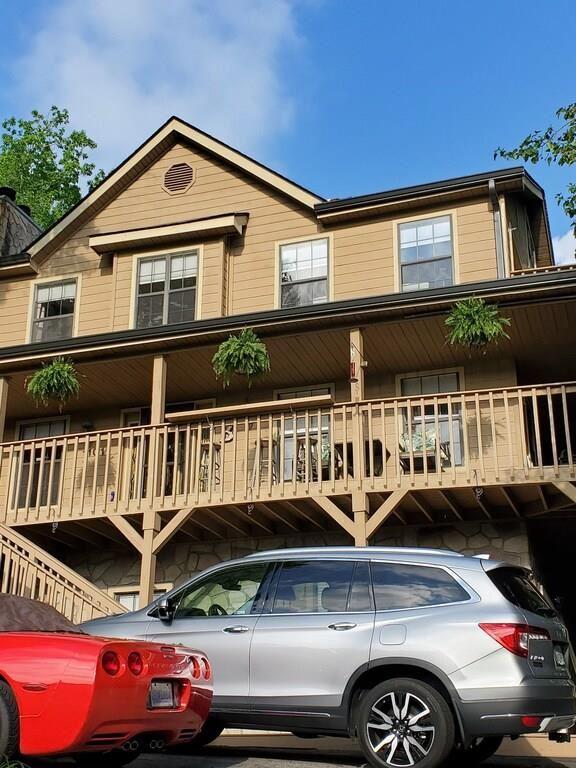 1101 Oak Ct                                                                               Gatlinburg                                                                      , TN - $1,075,000