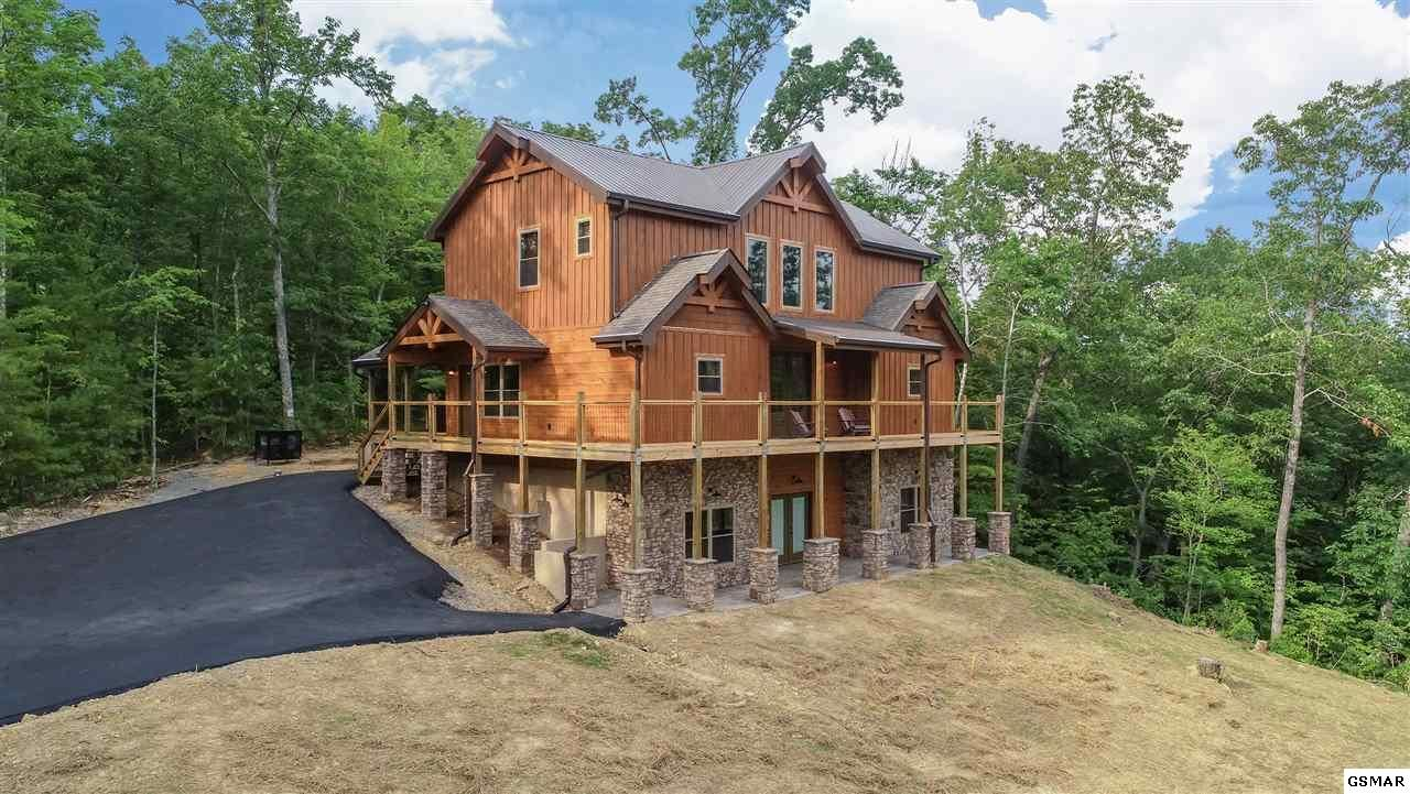Property Image Of 2325 Coopers Hawk Way Lot 31 In Sevierville, Tn