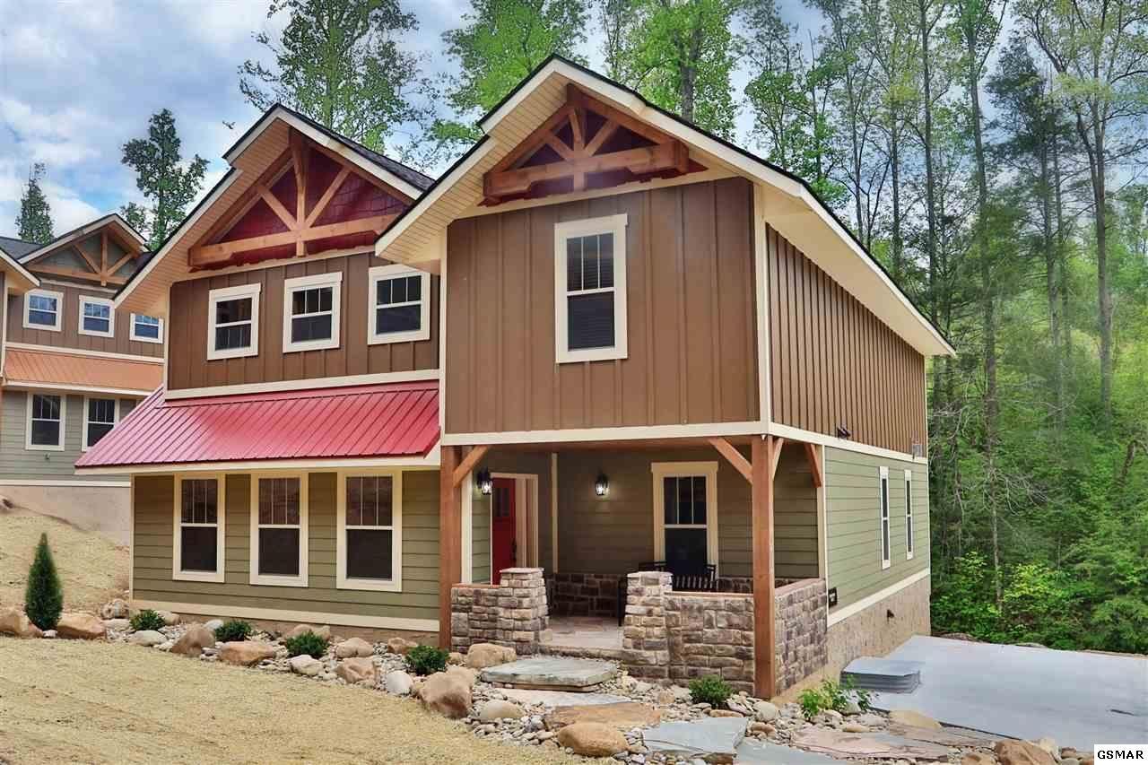 Gatlinburg                                                                      , TN - $709,900