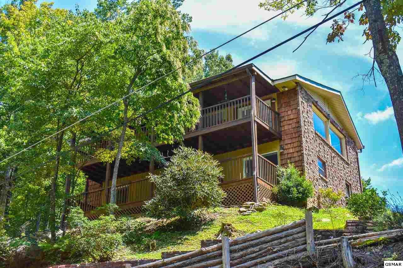 Gatlinburg                                                                      , TN - $499,000