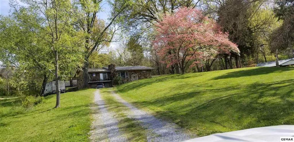 Property Image Of 129 Sugar Hollow Rd In Pigeon Forge, Tn