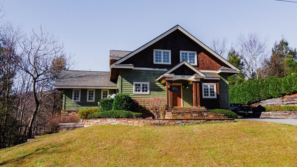 Gatlinburg                                                                      , TN - $1,155,000