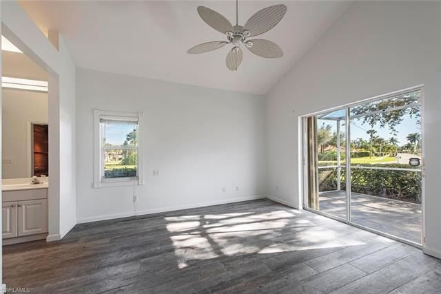 Property Image Of 107 Palm Frond Ct In Naples, Fl