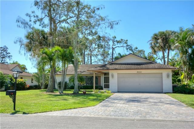 Property Image Of 3055 Round Table Ct In Naples, Fl