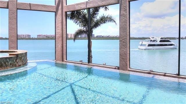 Property Image Of 941 Embassy Ct In Marco Island, Fl