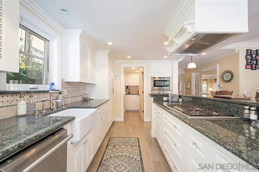 Property Image Of 124 F Avenue In Coronado, Ca