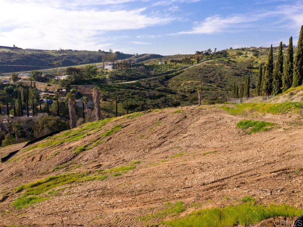 Property Image Of 31631 Ritson Rd In Escondido, Ca