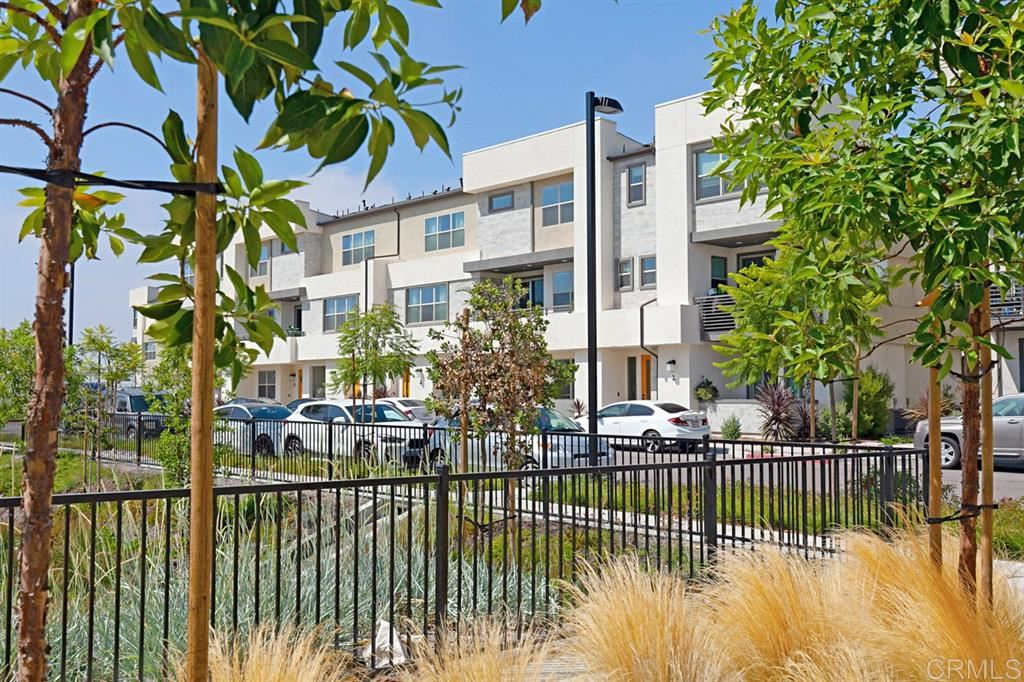 Chula Vista                                                                      , CA - $565,000