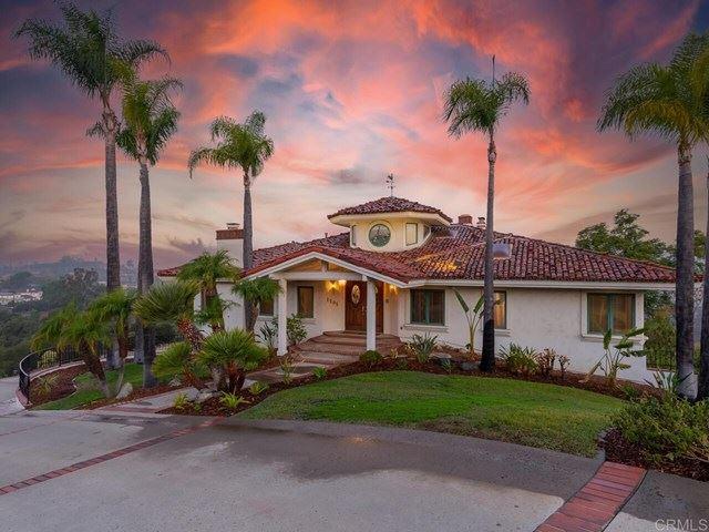 Fallbrook                                                                      , CA - $1,300,000