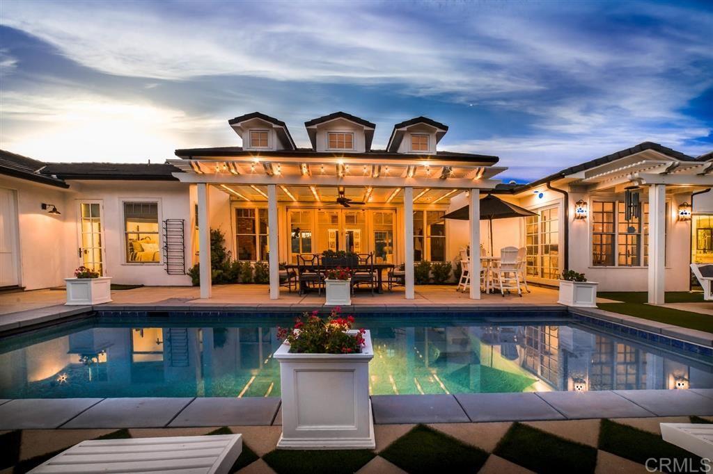 Vista                                                                      , CA - $1,650,000