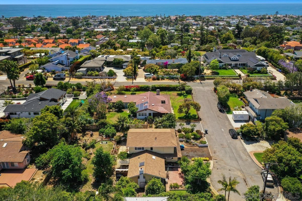 Encinitas                                                                      , CA - $2,400,000