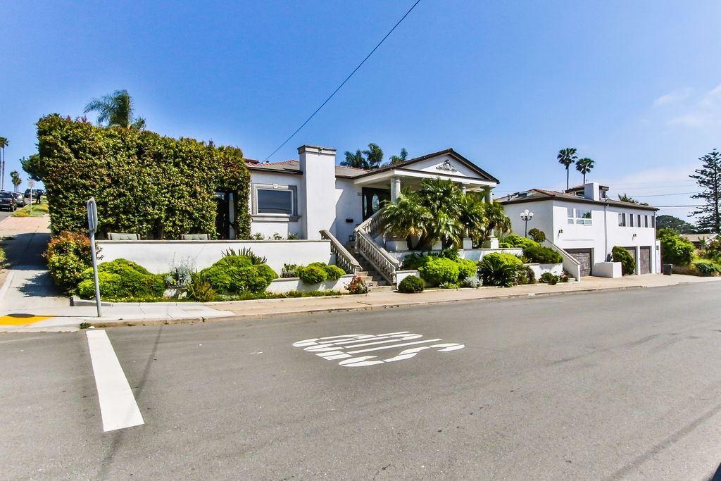 San Diego                                                                      , CA - $1,650,000