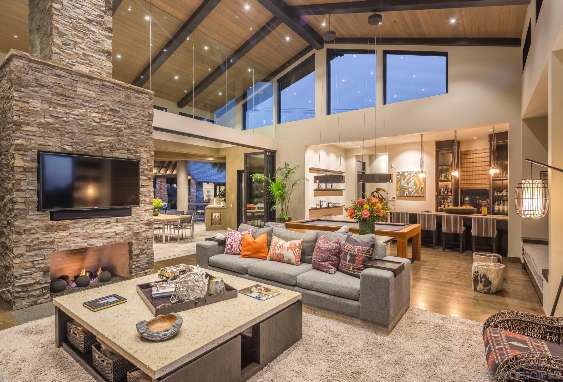 Encinitas                                                                      , CA - $7,800,000