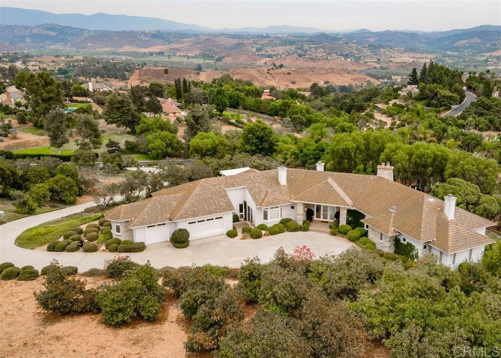 Fallbrook                                                                      , CA - $1,250,000