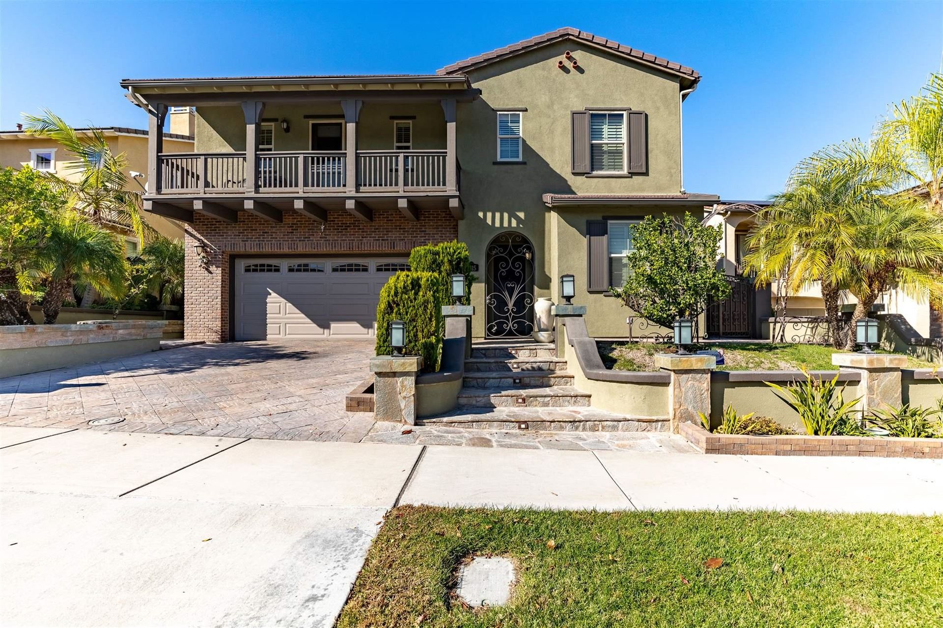 Chula Vista                                                                      , CA - $900,000